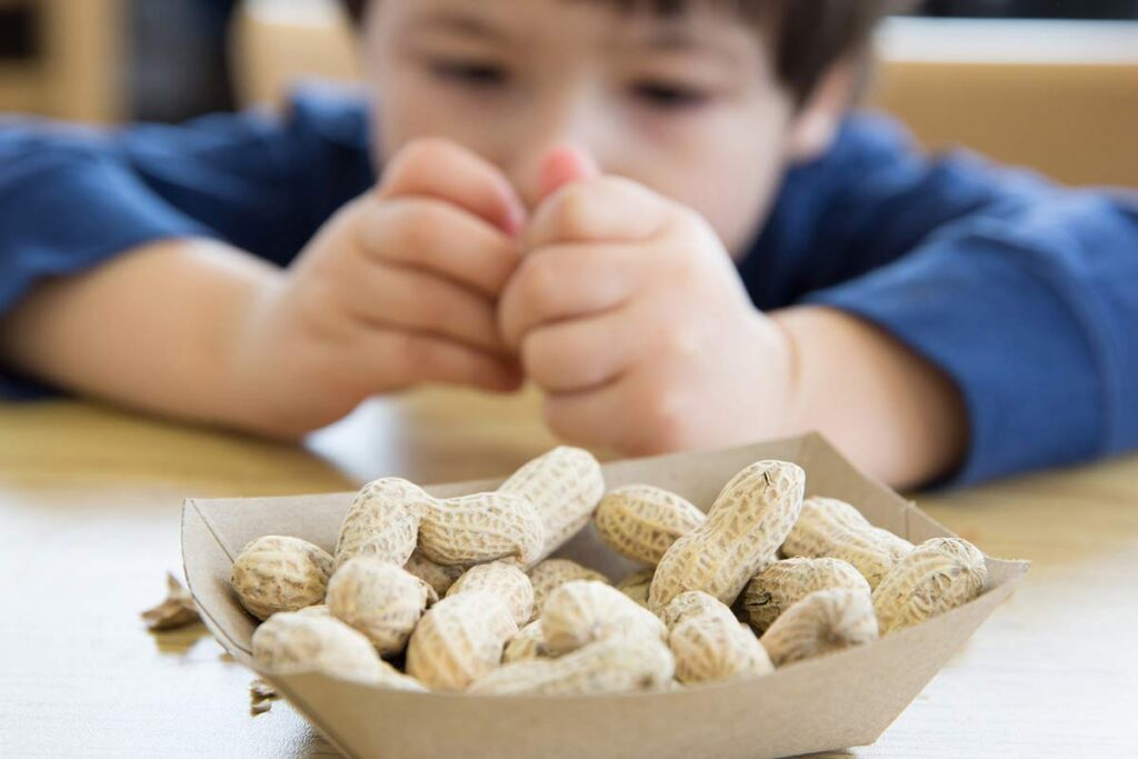 """Food labelling for allergic patients: """"food for thought"""""""